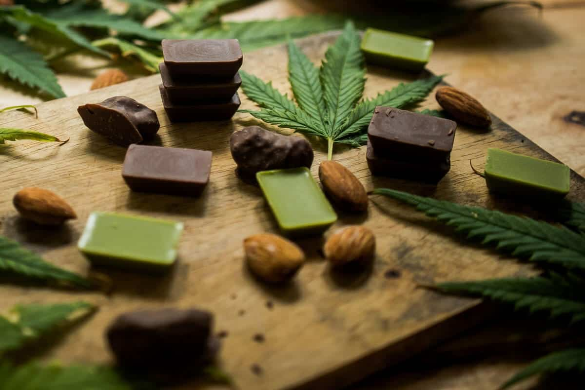 Edibles vs. Smoking: Which Suits You Better?